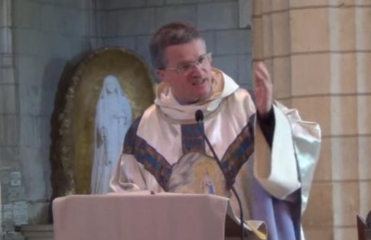 Père Xavier Malle, capture vidéo Sanctuaire IleBouchard