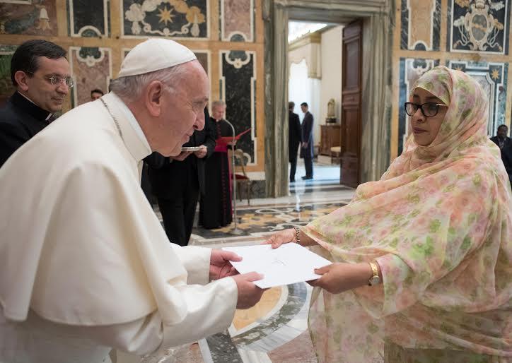 Lettres de créance de 6 ambassadeurs © L'Osservatore Romano