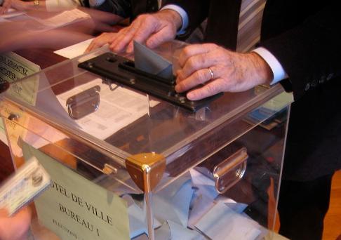 Urne electorale © Wikimedia commons / Pierre-Alain Dorange