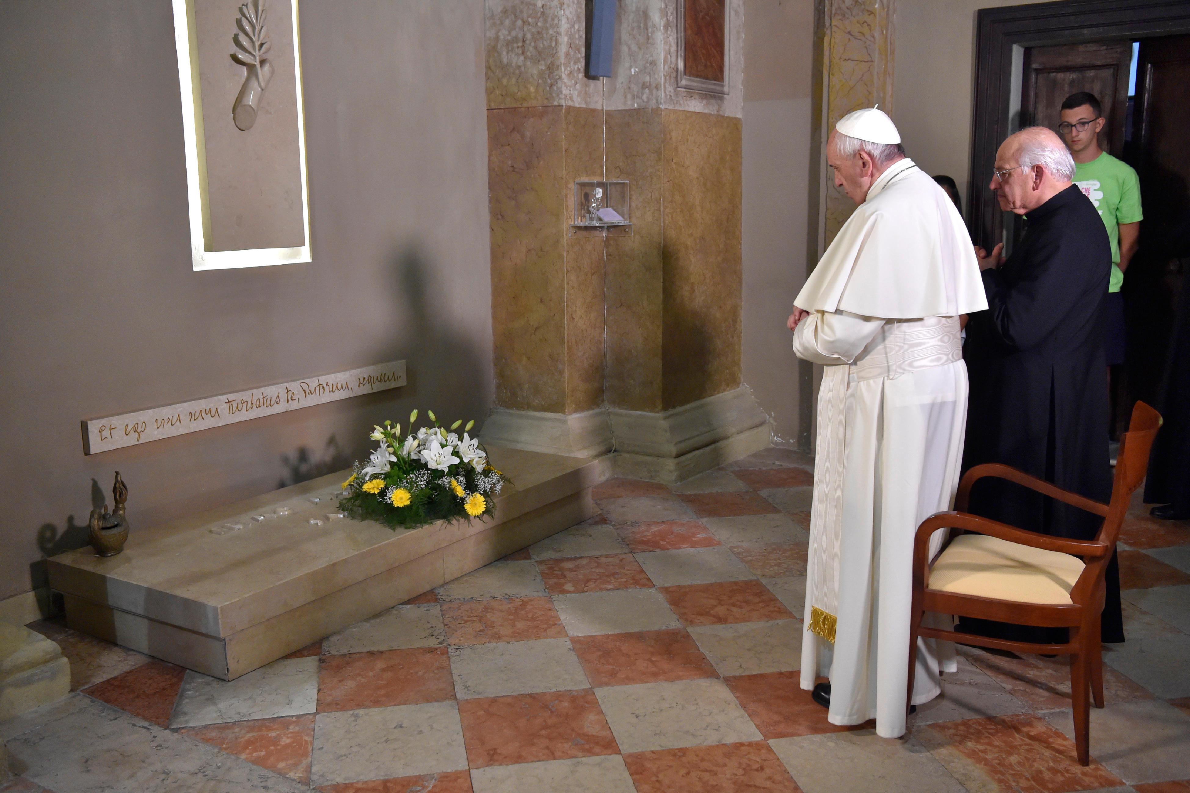 Visite à Bozzolo sur la tombe de Don Primo Mazzolari © L'Osservatore Romano