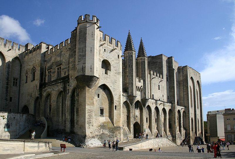 Palais des Papes à Avignon, wikimedia commons, Jean-Marc Rosier