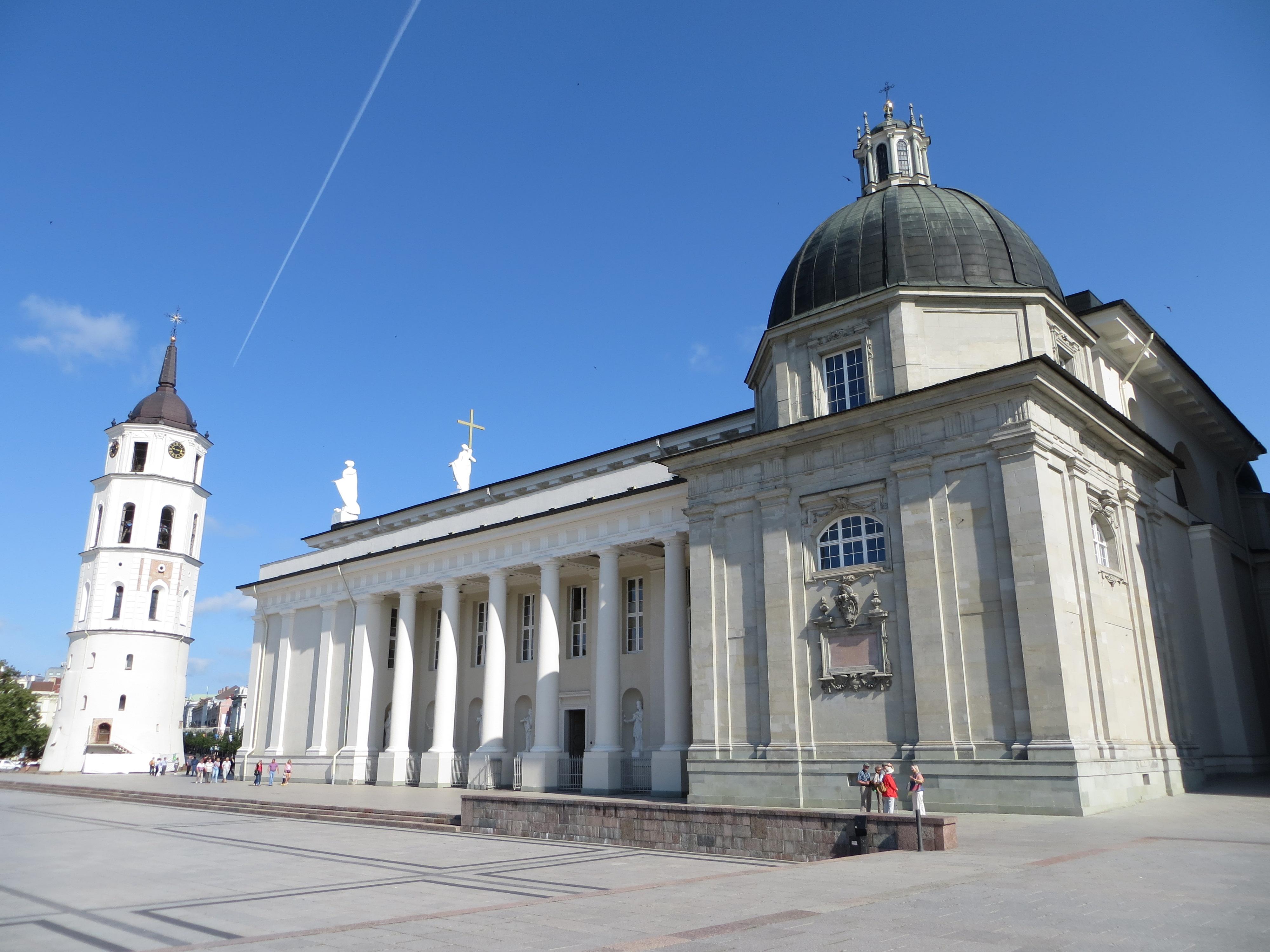 Cathédrale Saint-Casimir de Vilnius (Lituanie), wikimedia (Bernt Rostad)