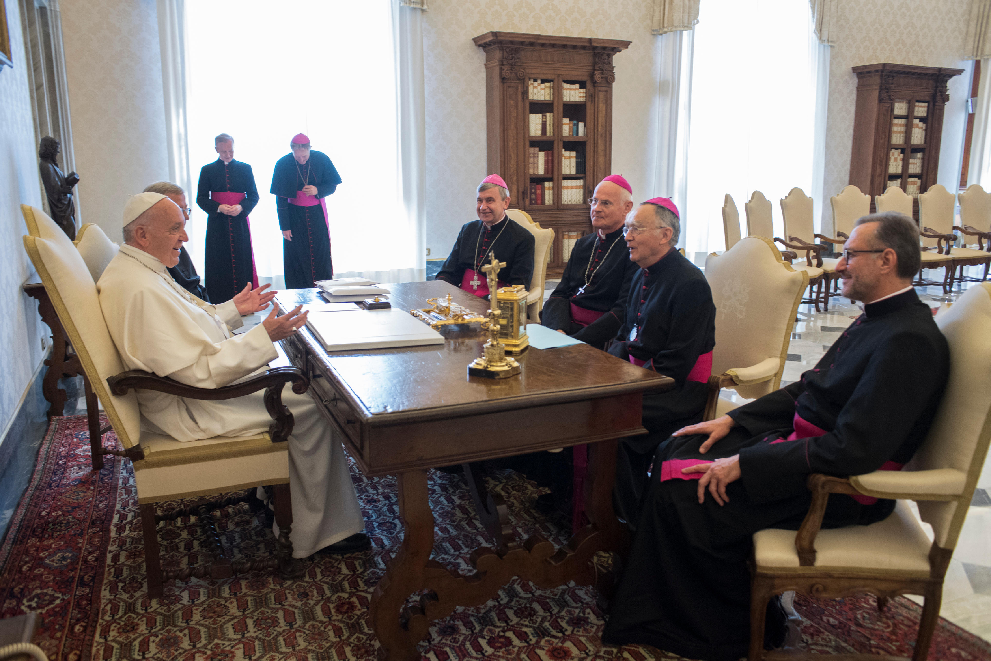 Mgr Delannoy, Mgr Carré, Mgr Pontier, Mgr Ribadeau Dumas, 11/05/2017 @ L'Osservatore Romano