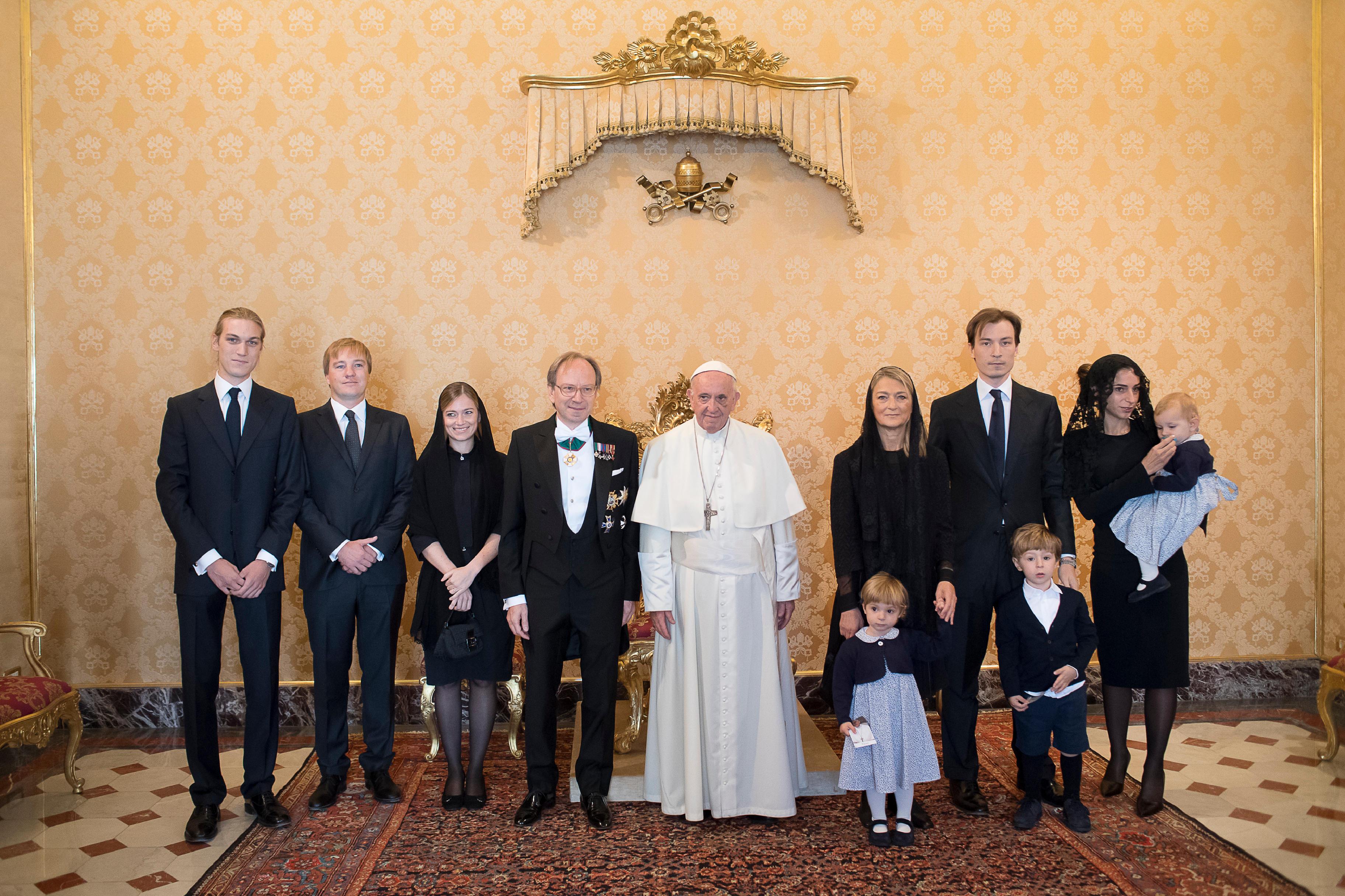 M. Piero Sebastiani et sa famille © L'Osservatore Romano