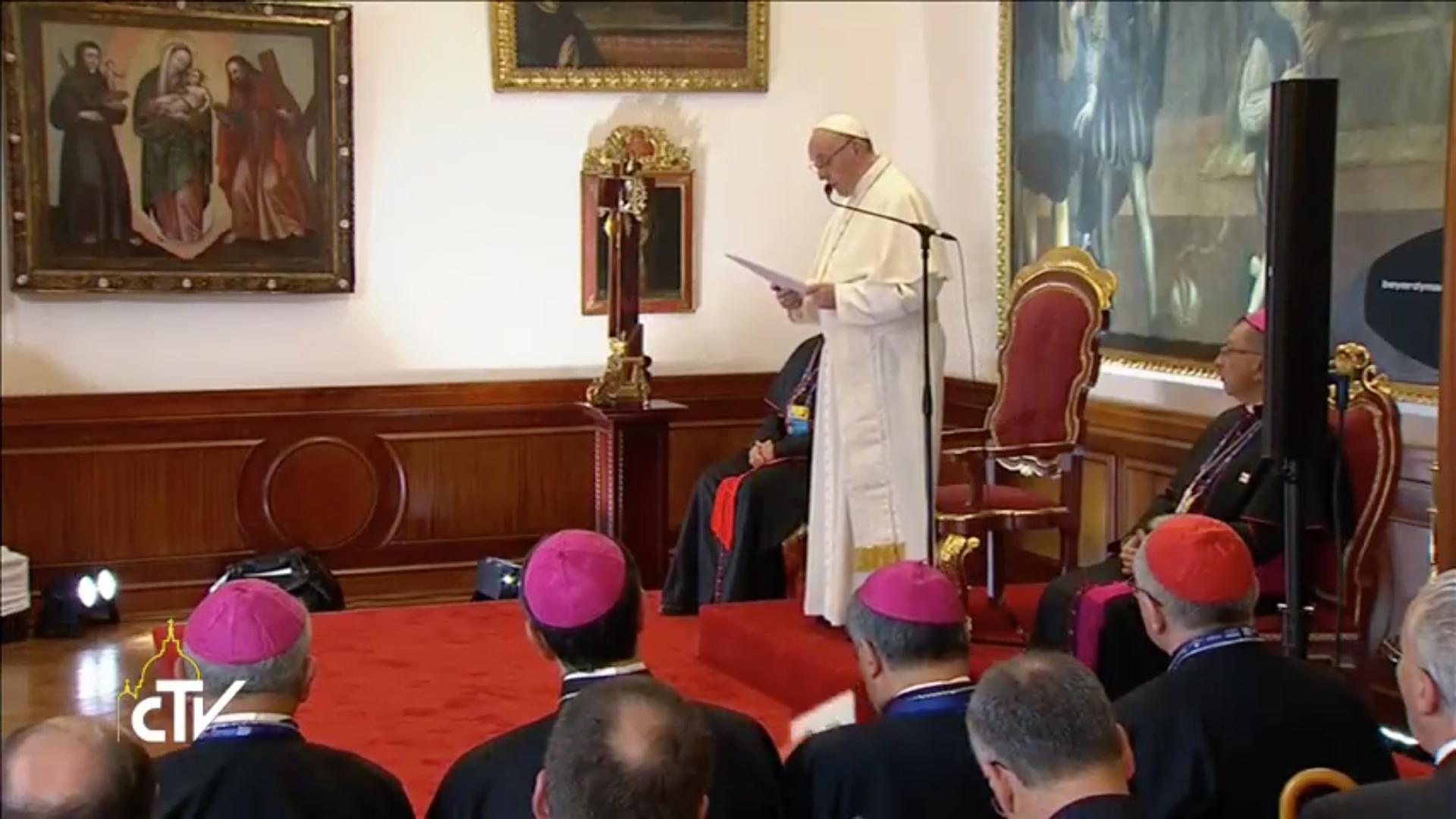Le pape rencontre les évêques colombiens à Bogota, capture CTV