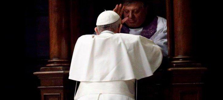 Confession, Pape François, mars 2017 © L'Osservatore Romano