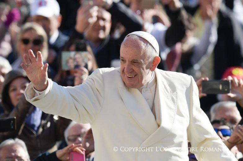 Le pape dans la foule, audience générale du 8/11/2017 © L'Osservatore Romano