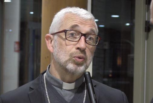 Mgr Lacombe, capture vidéo tv.catholique.fr
