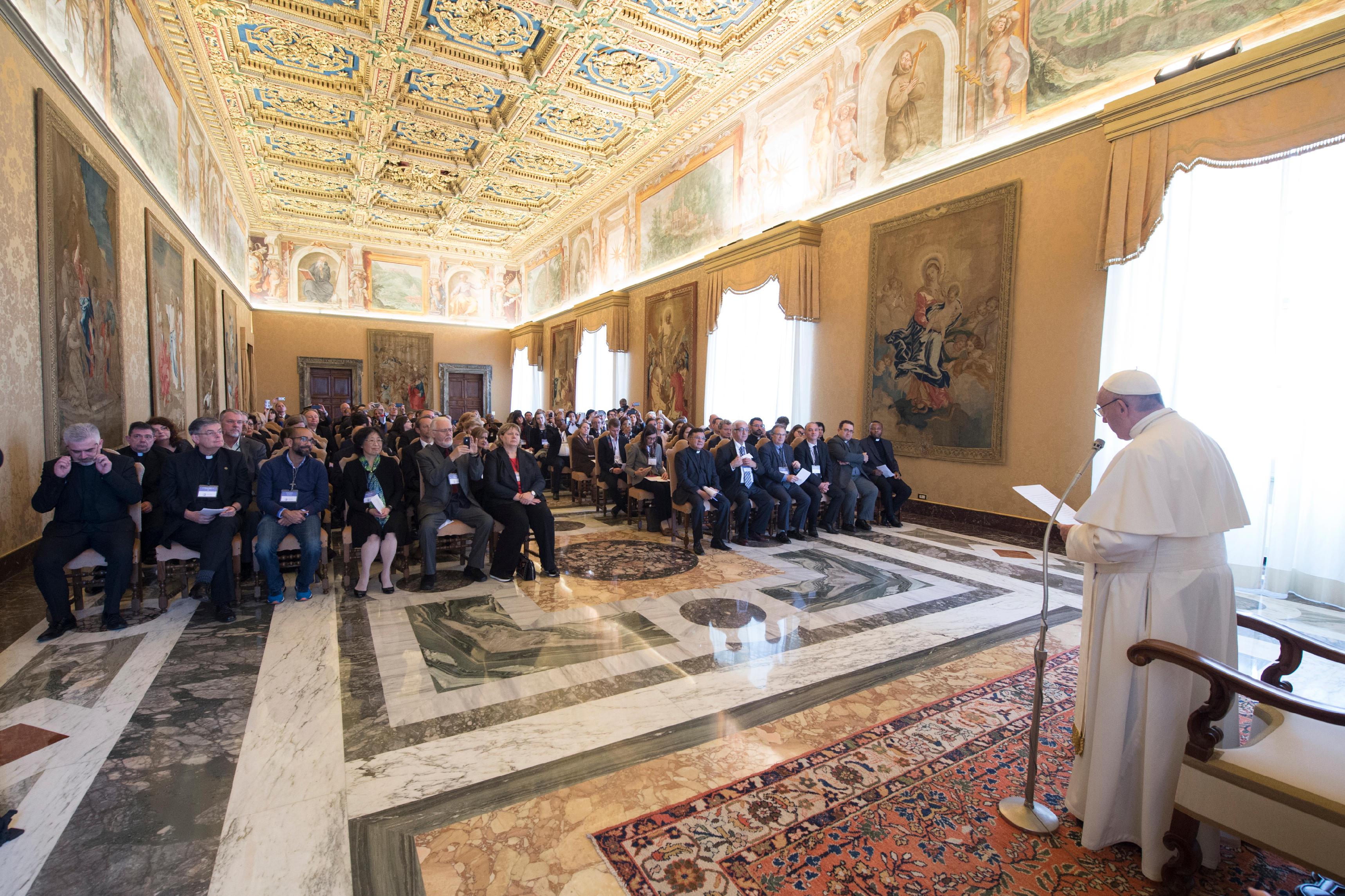 Fédération Internationale des Universités Catholiques © L'Osservatore Romano