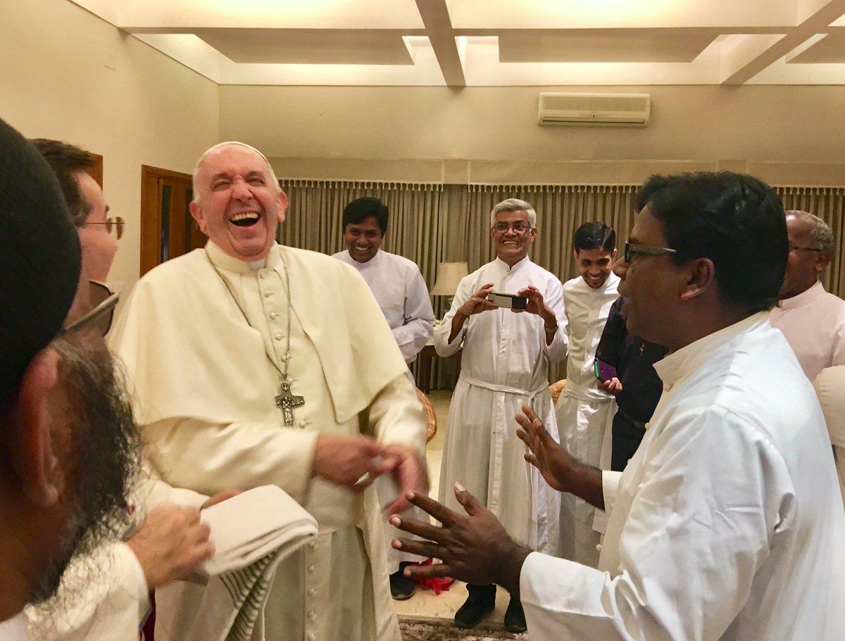 Rencontre avec les jésuites au Bangladesh @AntonioSpadaro