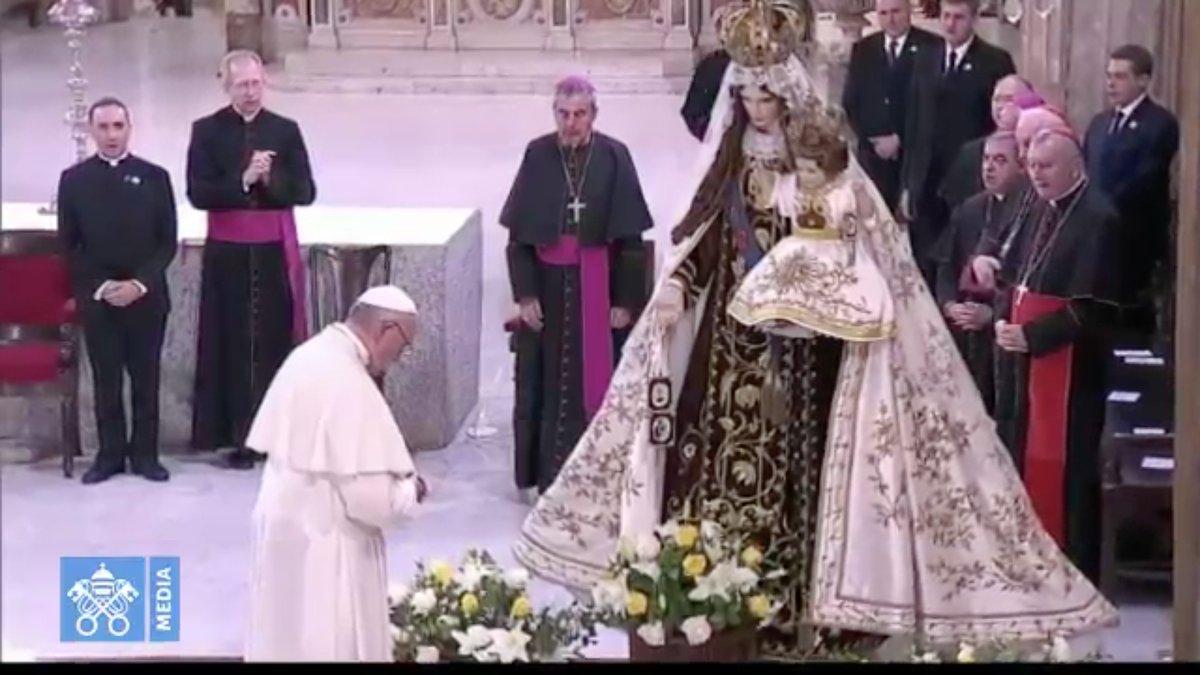 Rencontre avec les consacrés, cathédrale de Santiago, Chili @ Vatican Media
