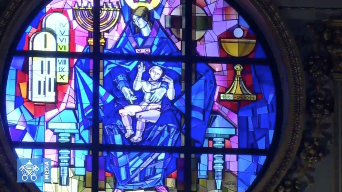 Marie Fille de Sion, vitrail de Sainte-Marie-Majeure, capture / Vatican Media