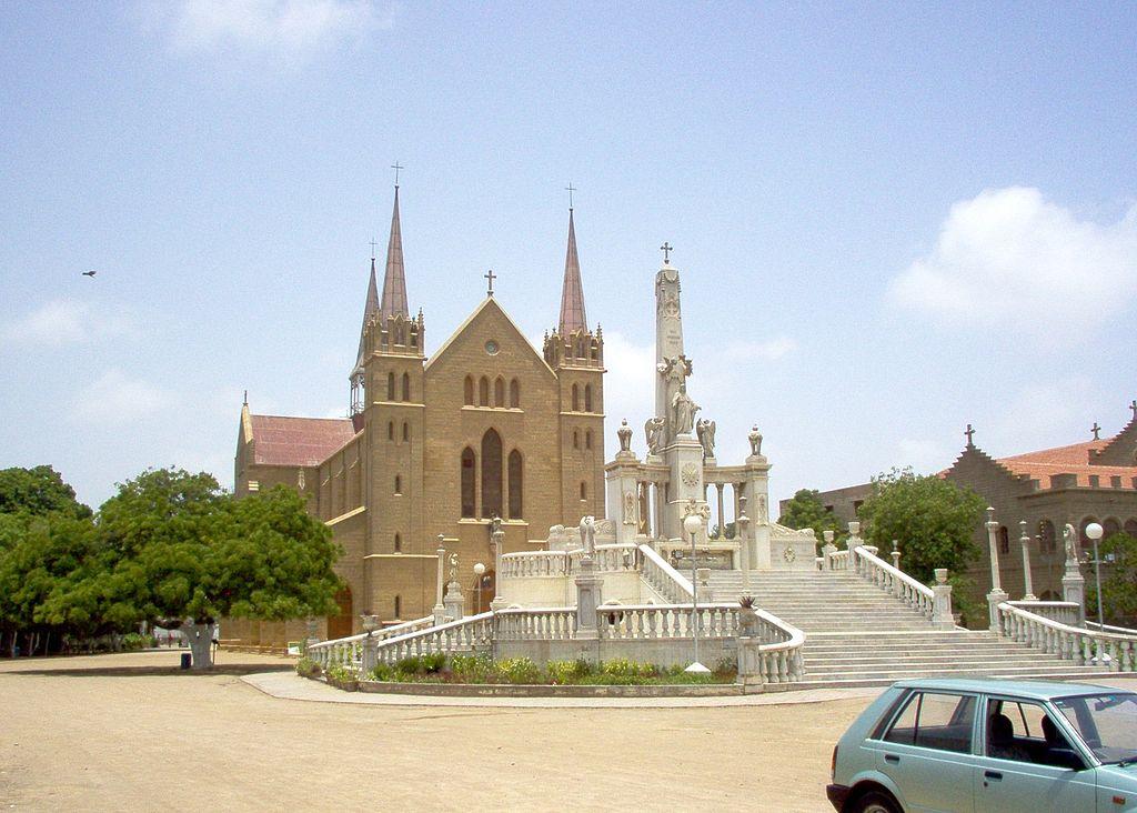 Cathédrale catholique Saint-Patrick de Karachi @ Domaine public (Swerveut)