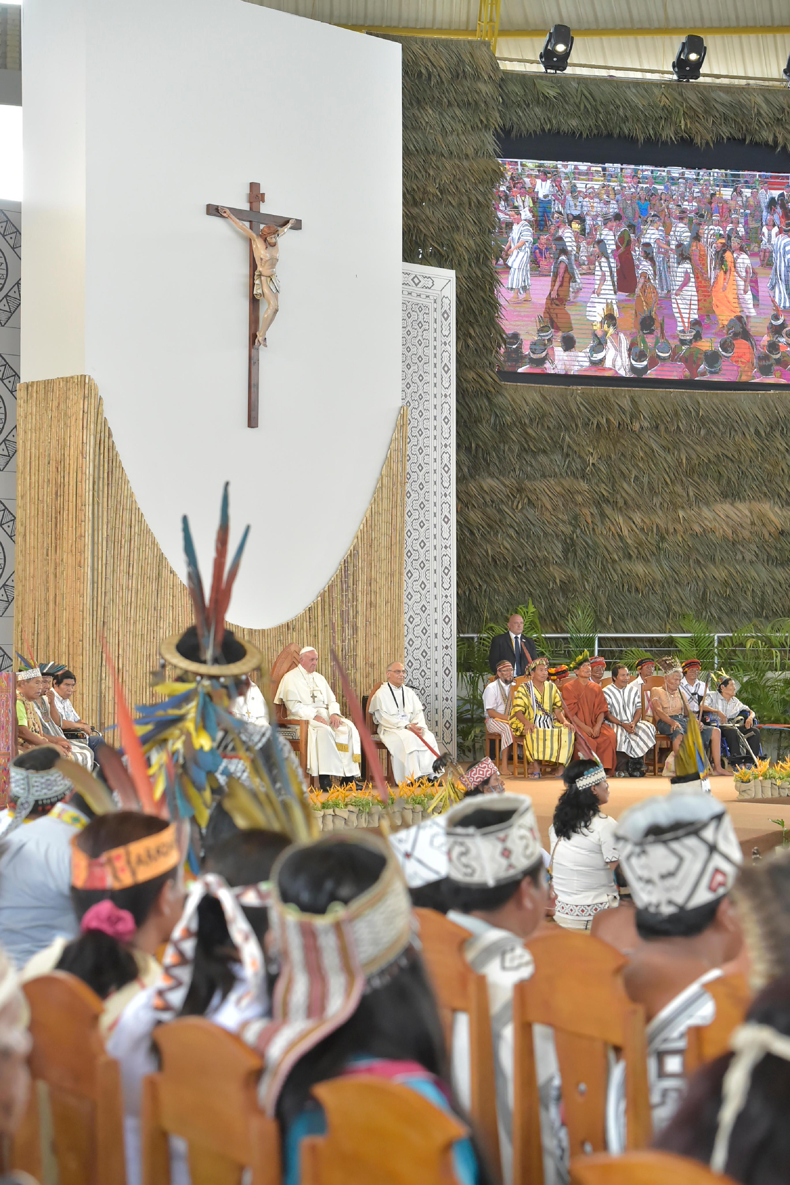 Rencontre avec les Indiens d'Amazonie au Pérou © Vatican Media