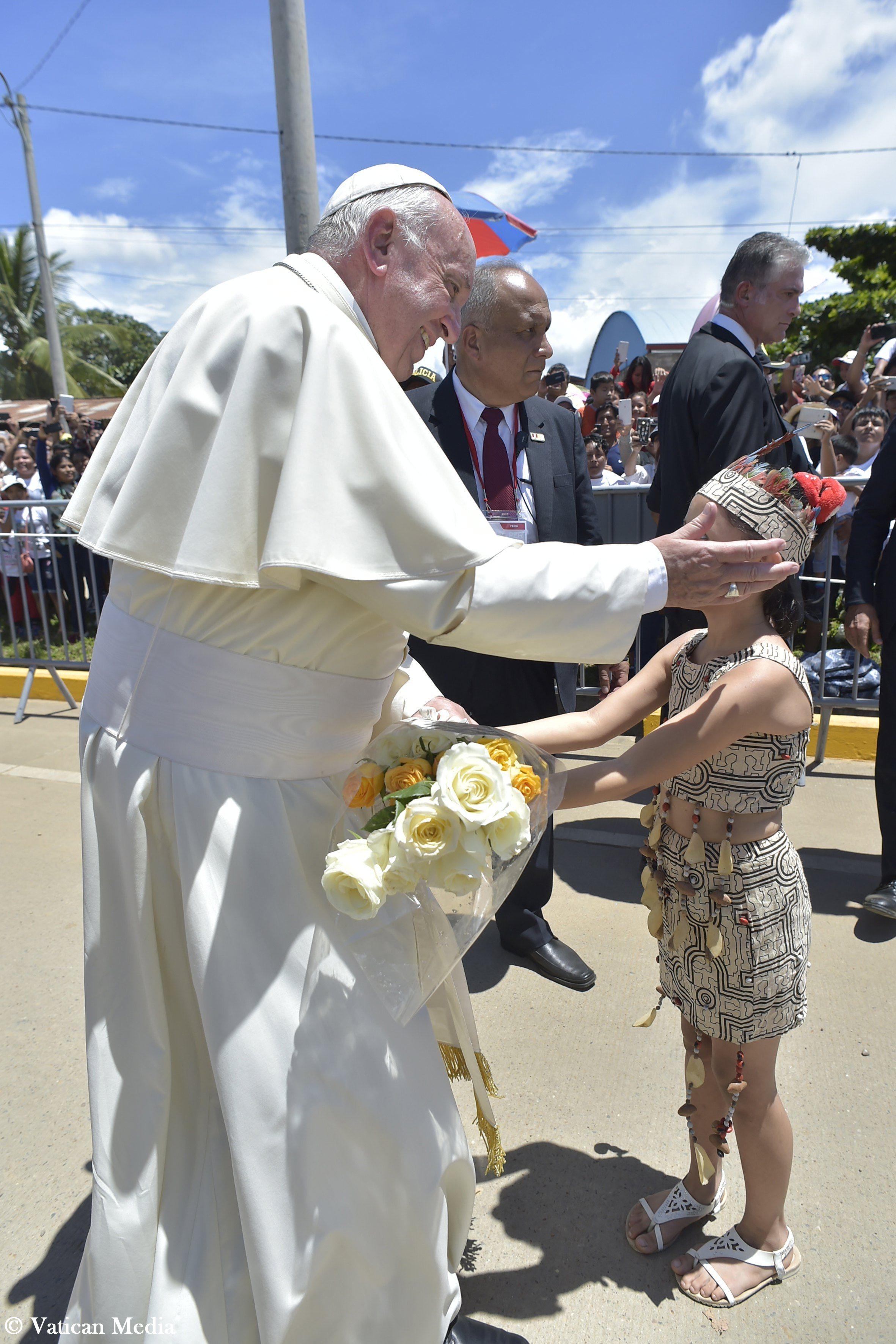 Rencontre avec la population de Puerto Maldonado, Pérou © Vatican MediaRencontre avec la population de Puerto Maldonado, Pérou © Vatican Media