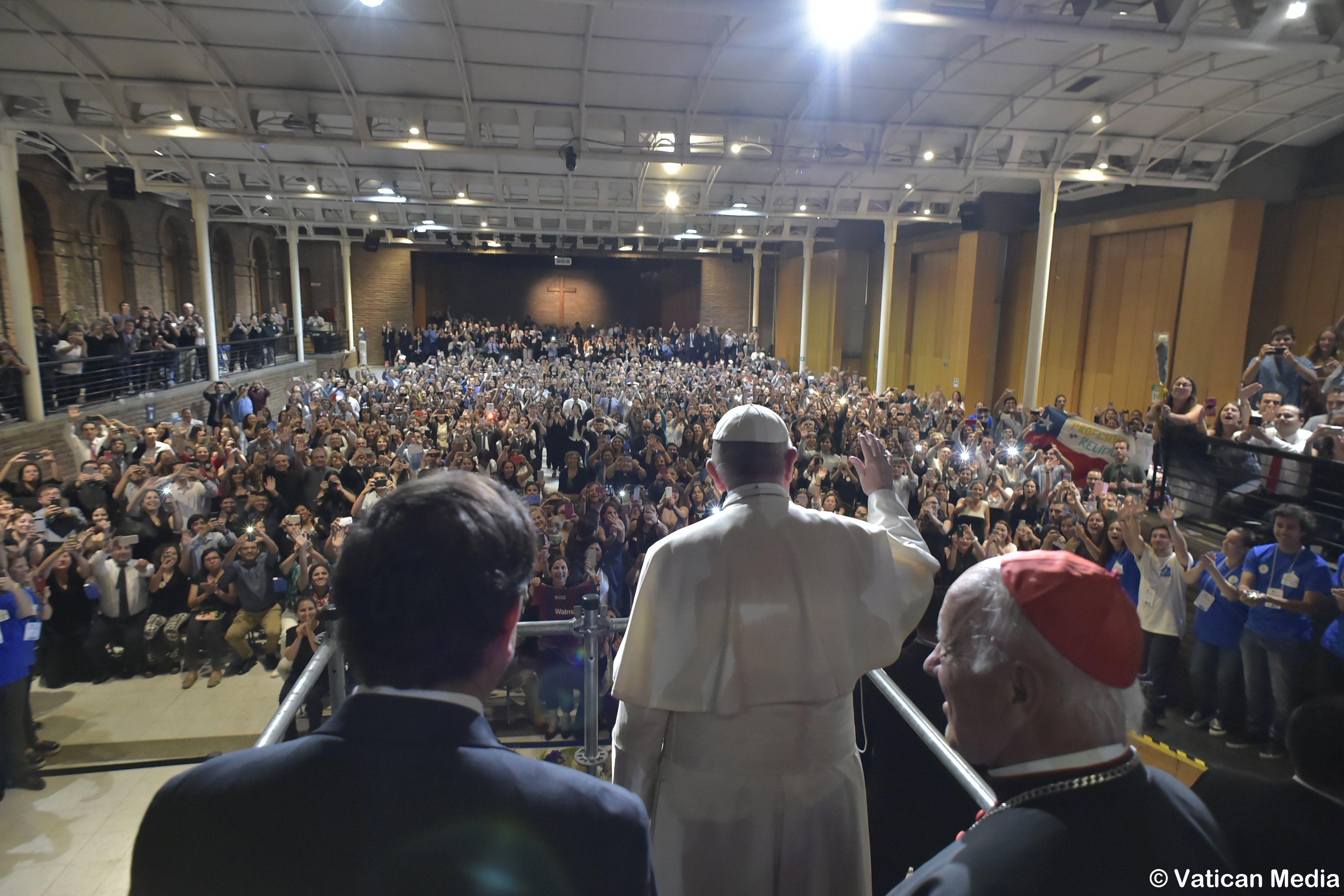 Université pontificale du Chili © Vatican Media