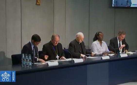 Conférence de presse sur la réunion pré-synodale, capture Vatican Media