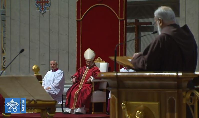 P. Cantalamessa, Vendredi Saint 2018, capture Vatican Media