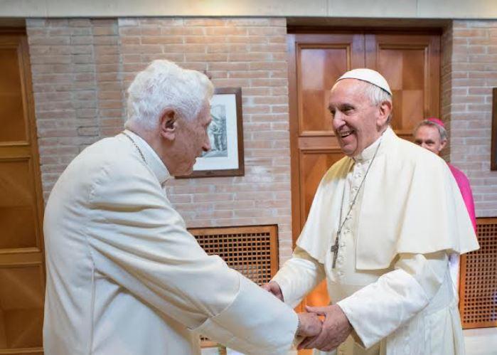 Benoît XVI et le pape François, 27/06/2017 © Vatican Media