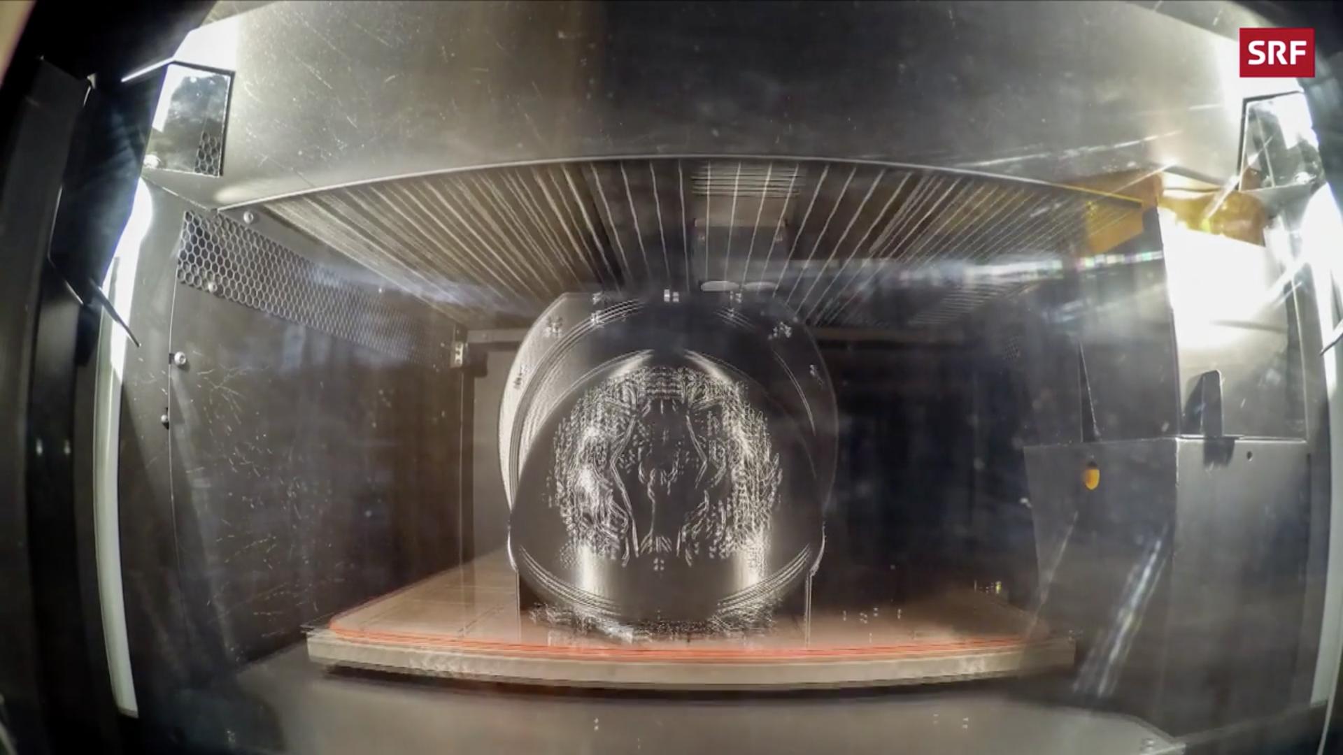 Fabrication d'un casque en 3 D, capture @ SFR
