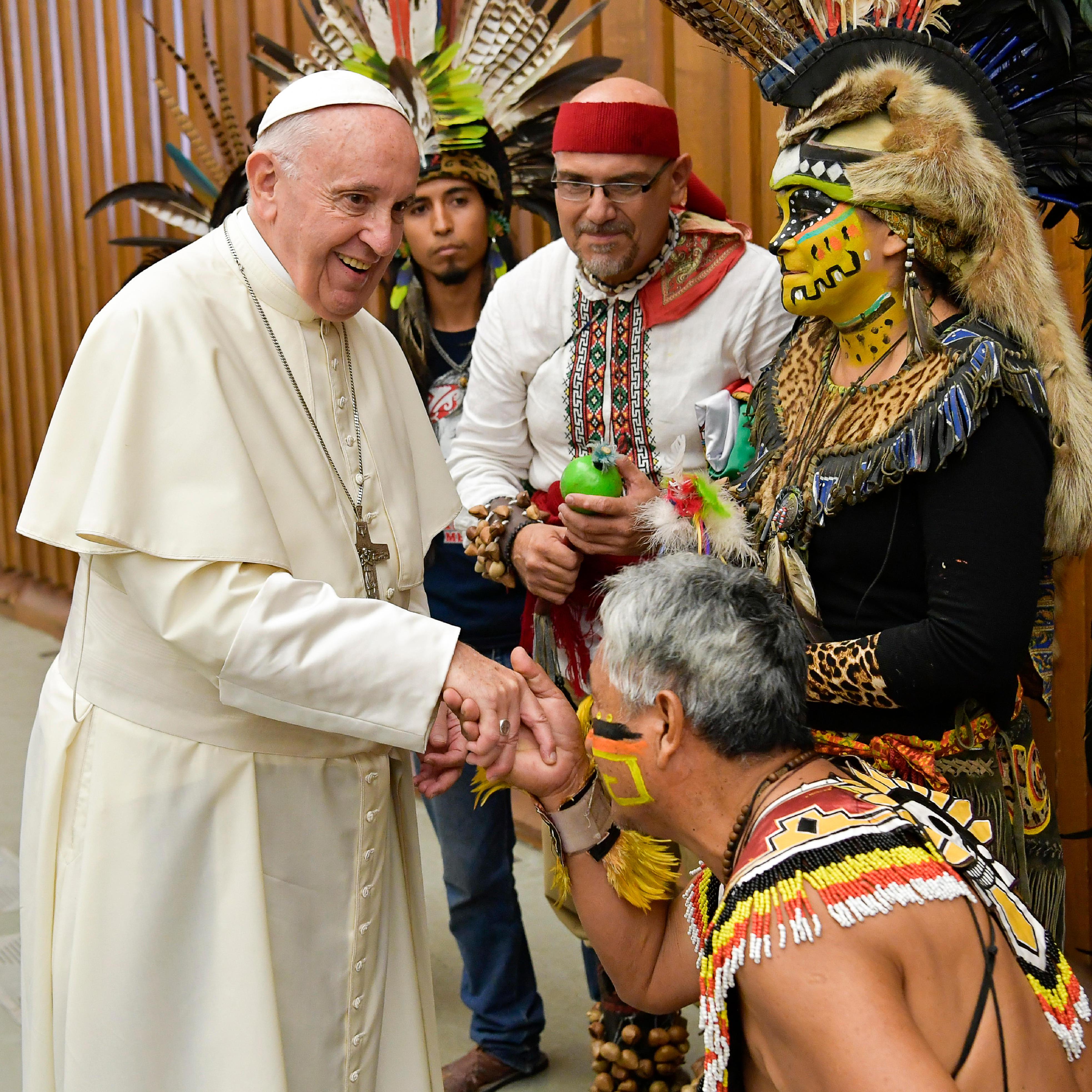 Groupe de danses pré-hispaniques du Mexique, audience du 8 août 2018 © Vatican Media