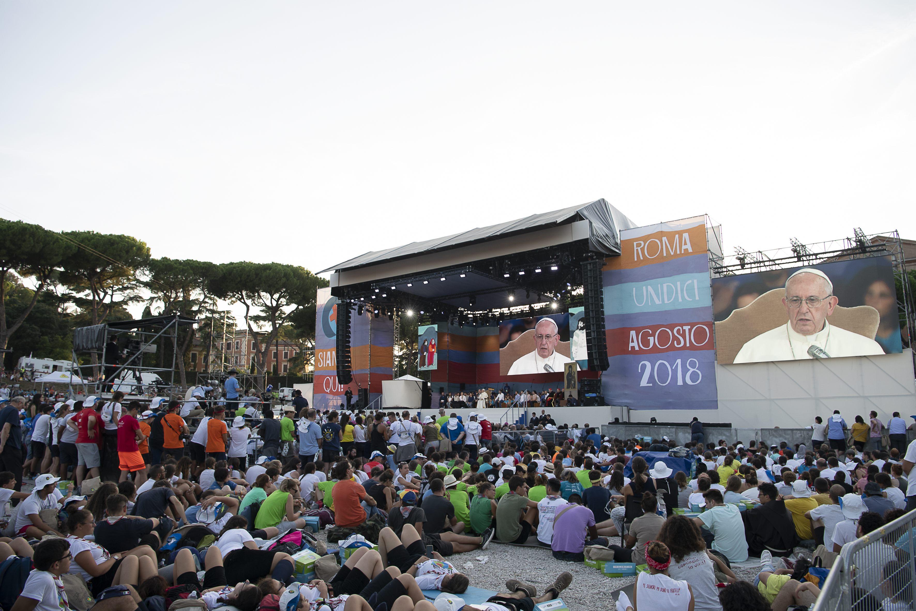 Veillée de prière avec les jeunes, Circo Massimo, 11/8/2018 © Vatican Media