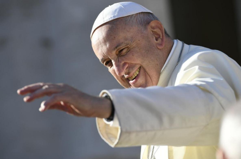 Le pape salue, audience générale du 10 oct 2018 © Vatican Media