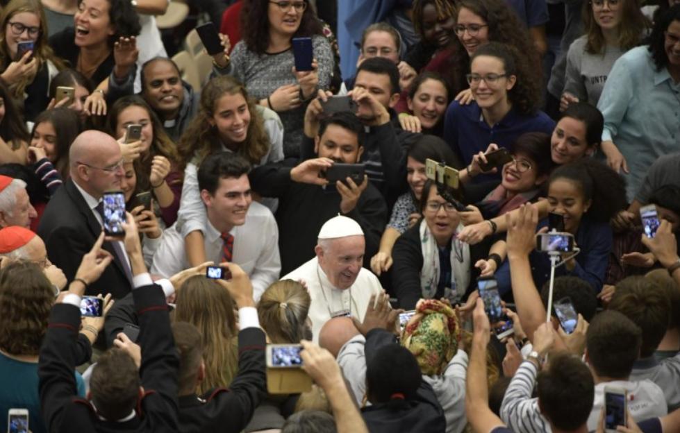 Synode des évêques, veillée avec les jeunes © Vatican Media