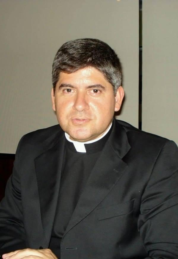 Mgr Dagoberto Campos Salas @ Facebook de Signis-Costa Rica