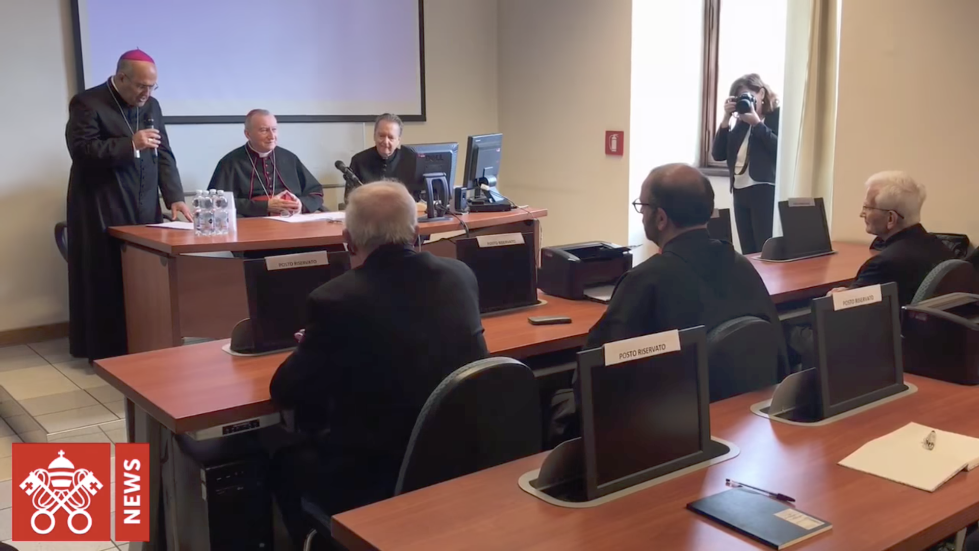 "Ecole de ""Biblioteconomia"" @ Vatican Media"