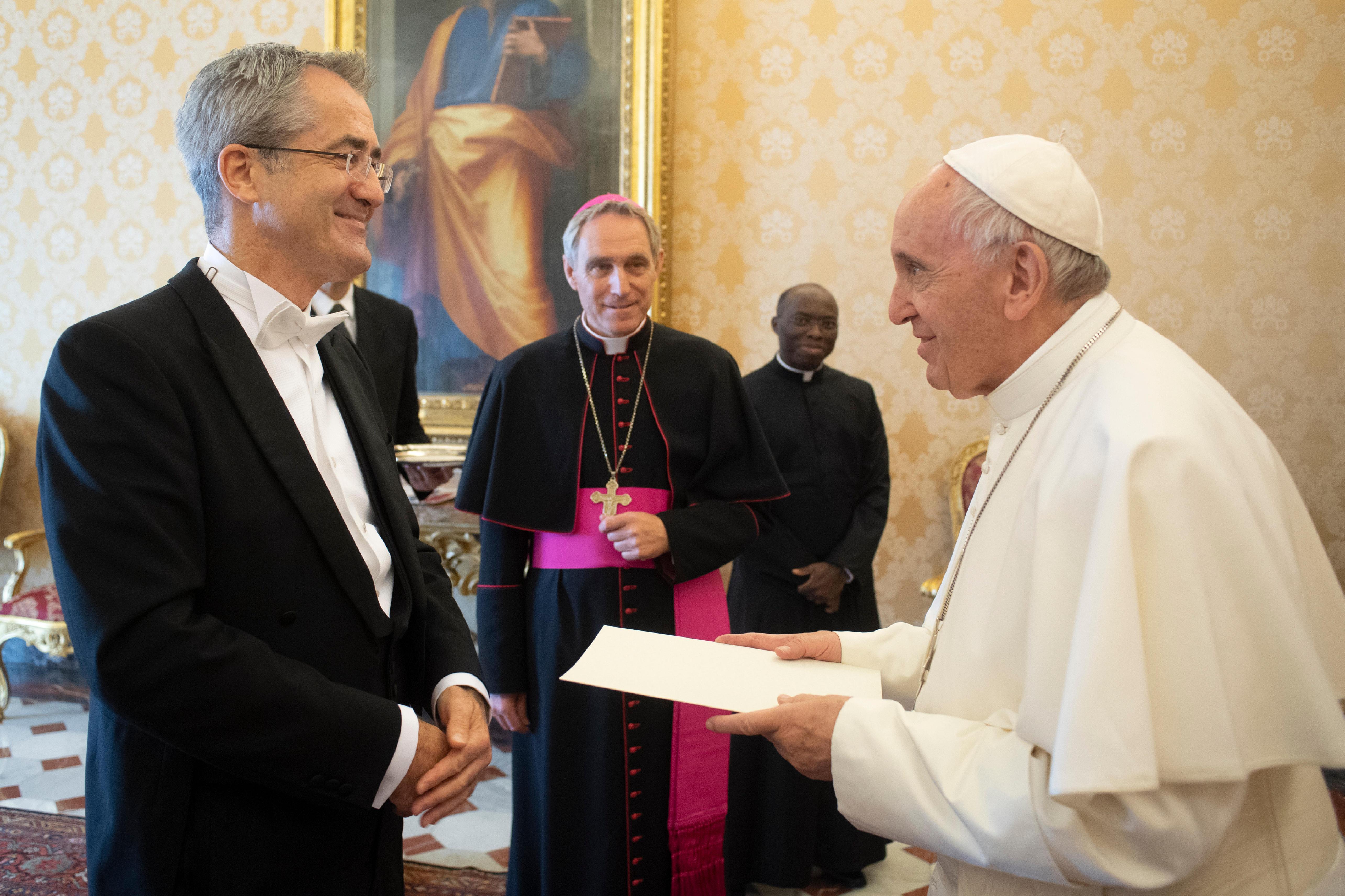 Derek Hannon, ambassadeur d'Irlande © Vatican Media