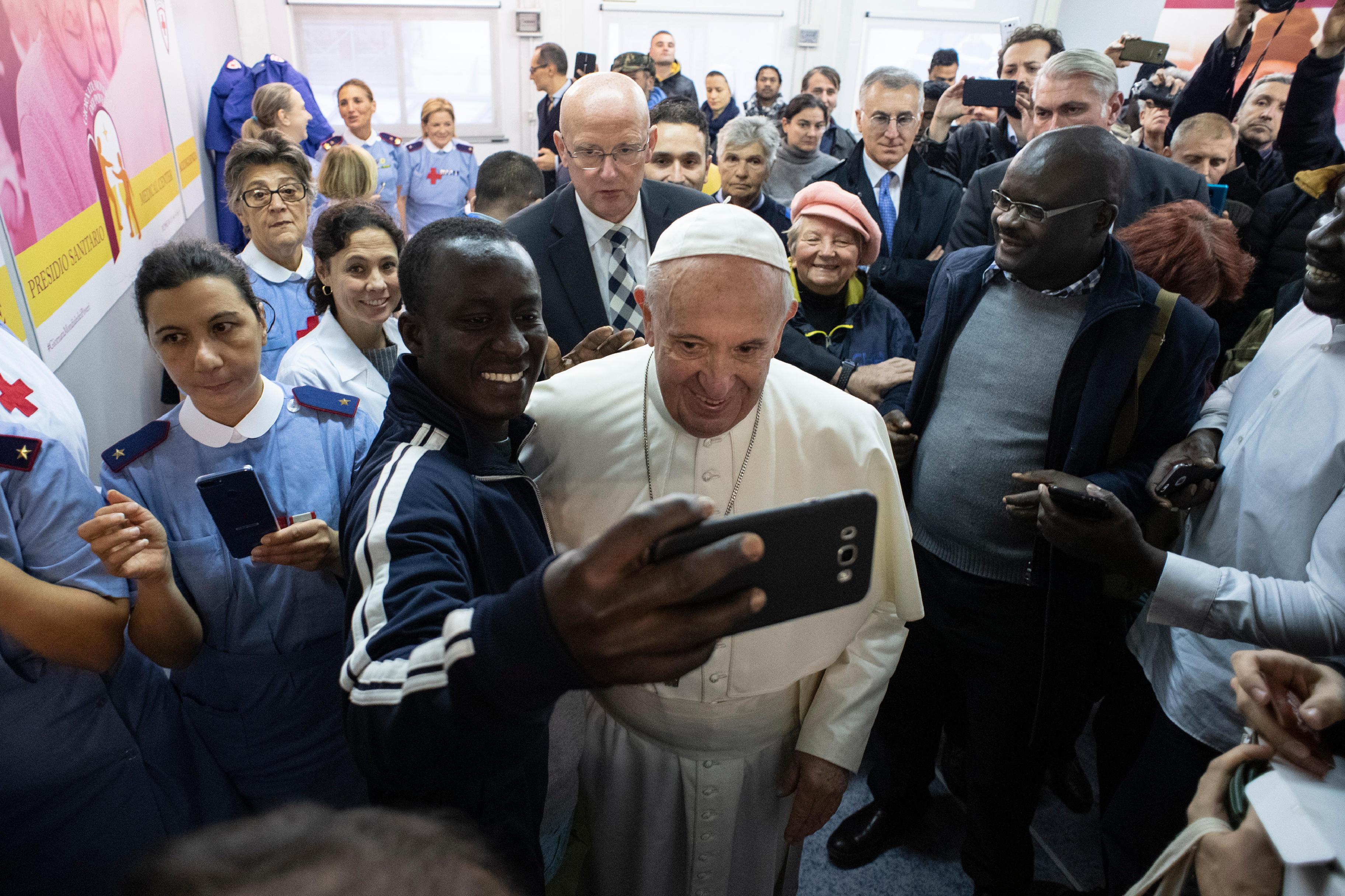 Visite au centre médical, Journée des pauvres 2018 © Vatican Media