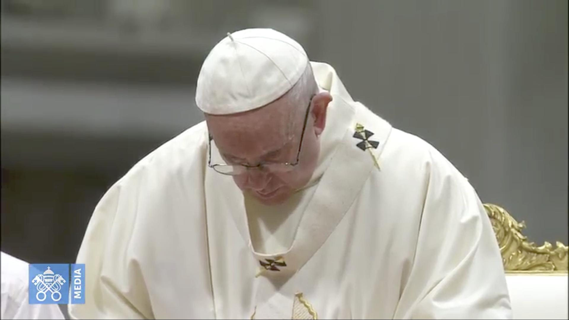Prière du pape François, 12 déc. 2018 @ Vatican Media