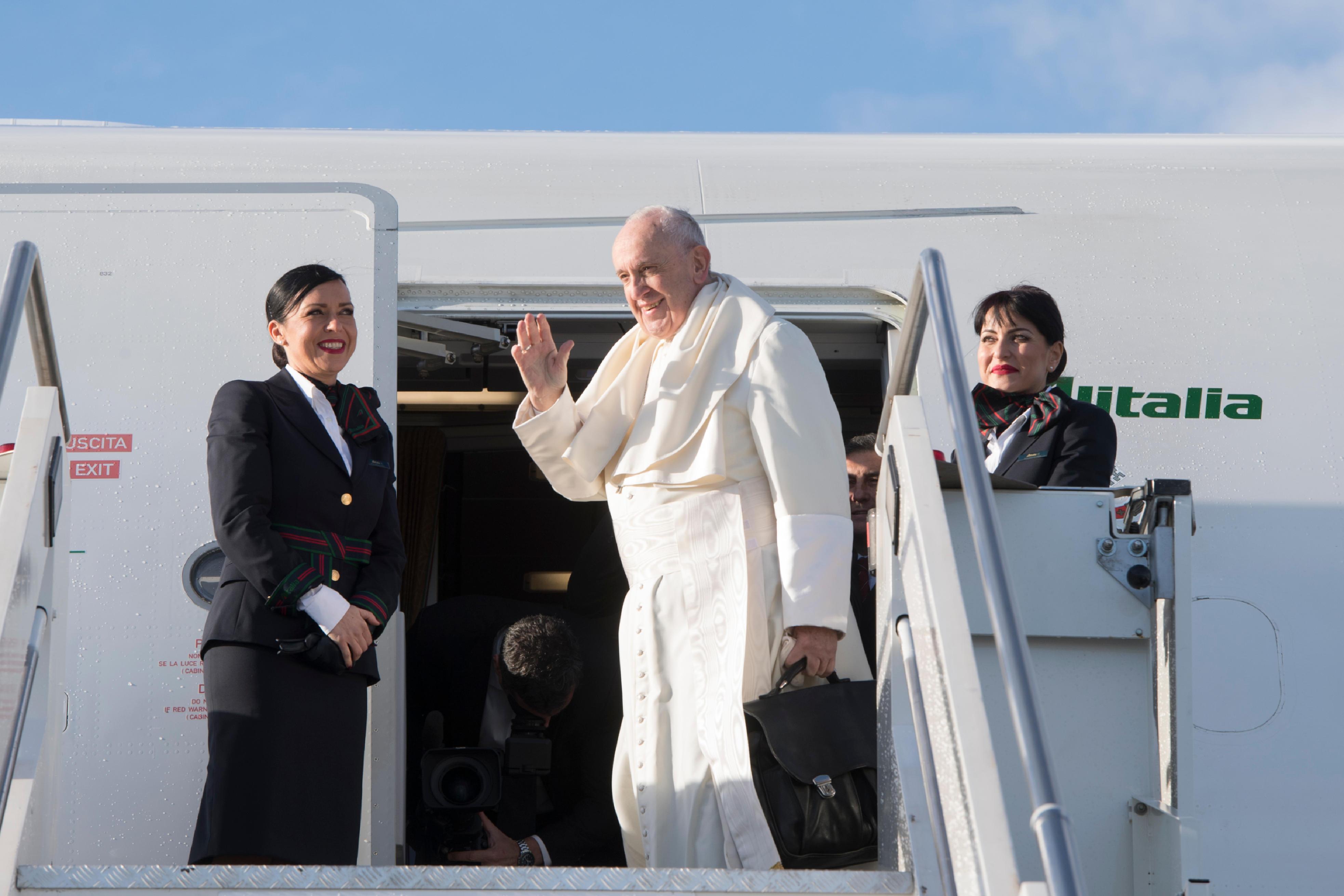 Vol avion de Rome au Panama pour les JMJ © Vatican News