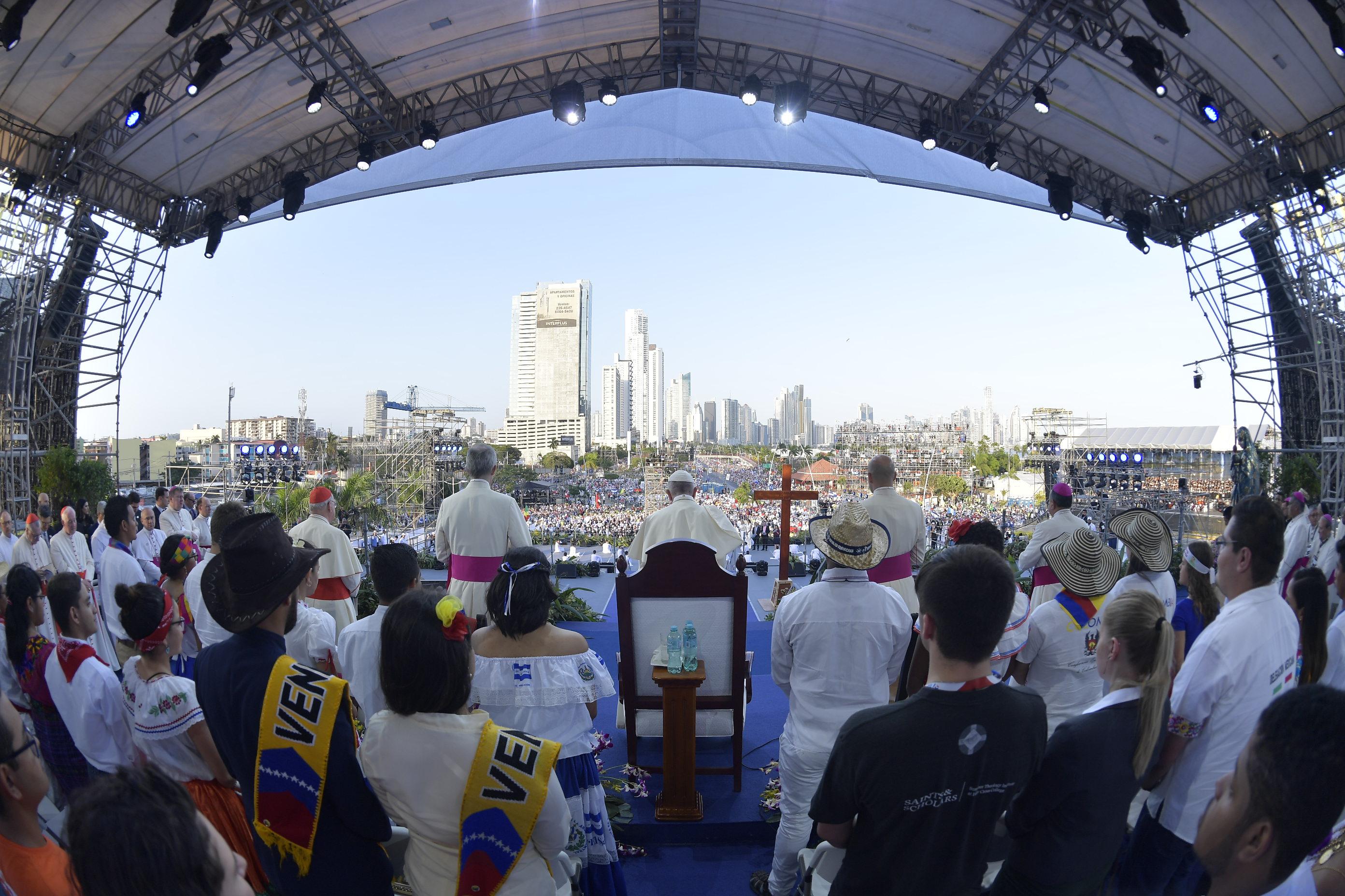 Chemin de croix (Panama) © Vatican Media