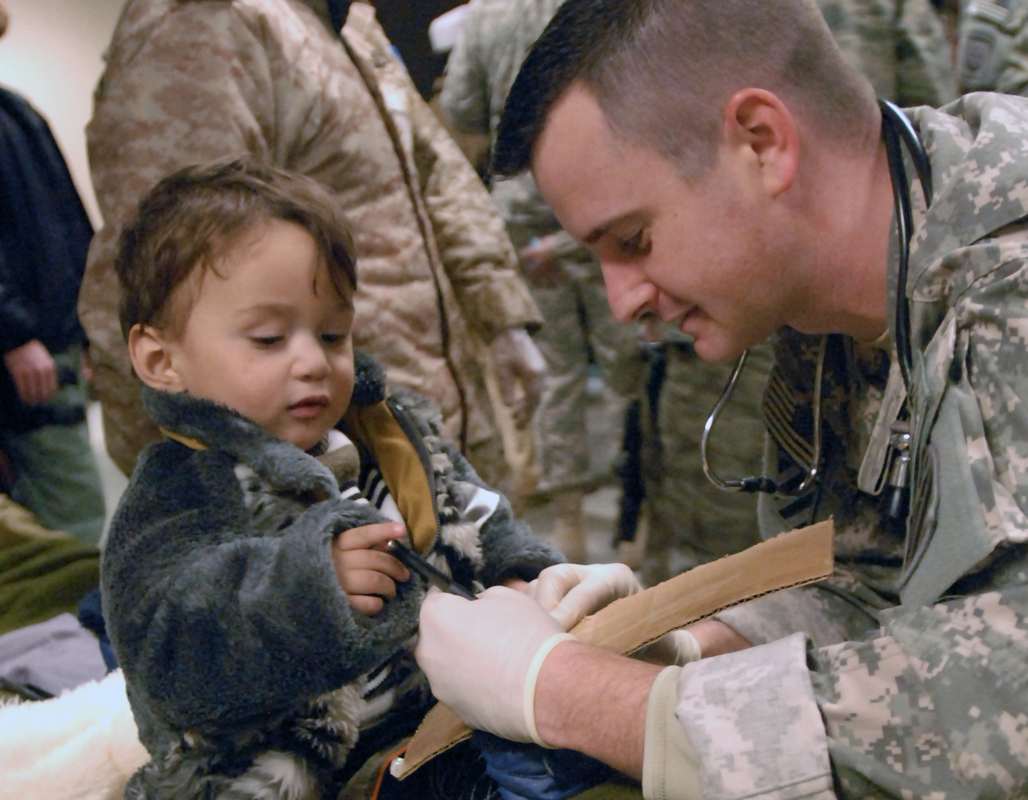 Médecins et humanitaires de zones de combat © flickr