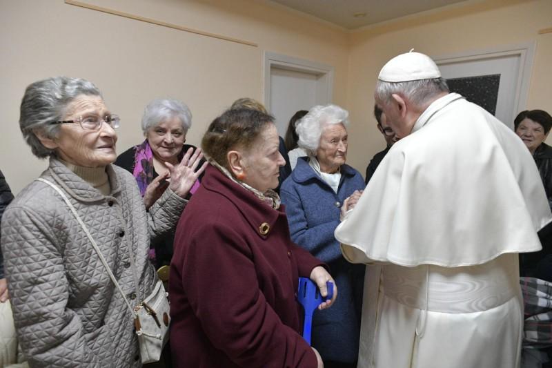 Paroisse San Giulio de Rome © Vatican Media