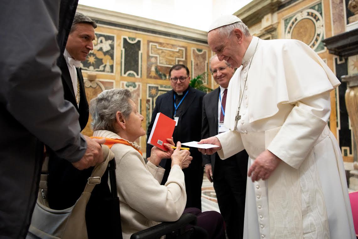 Professionnel de la santé italiens © Vatican Media
