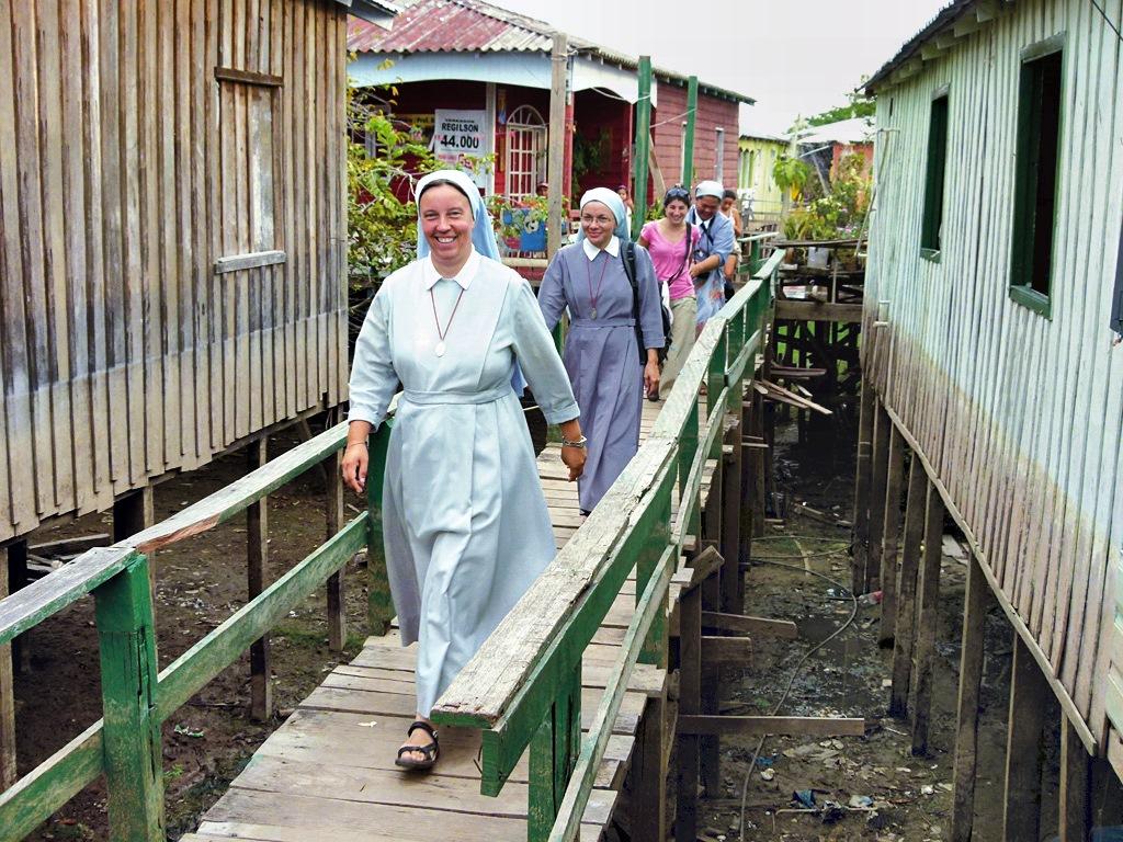 Religieuses missionnaires de saint Pierre Claver @ missionarieclaveriane.org