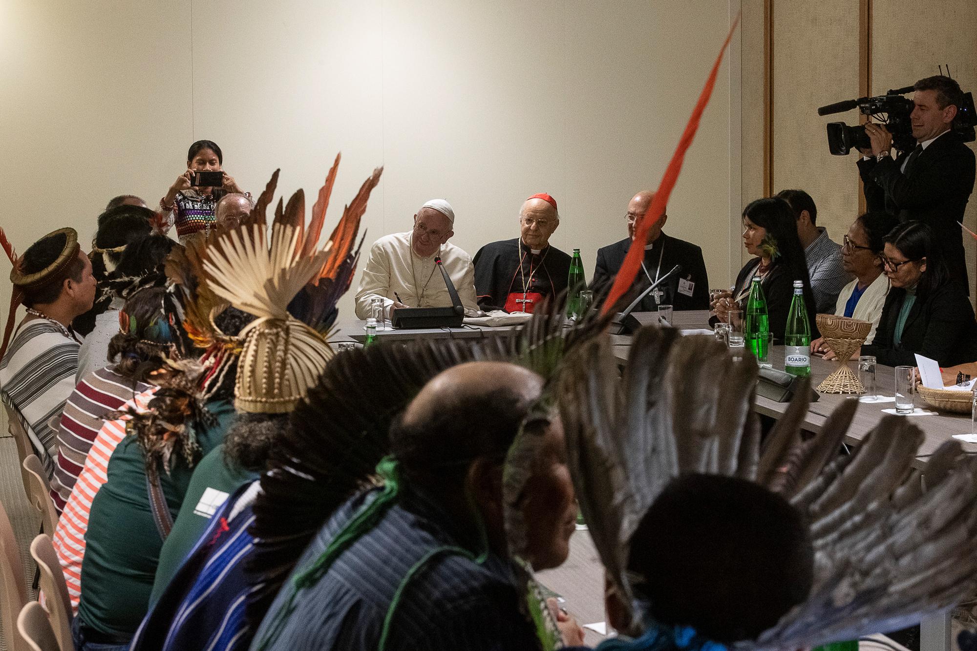 Rencontre avec des indigènes d'Amazonie © Vatican Media