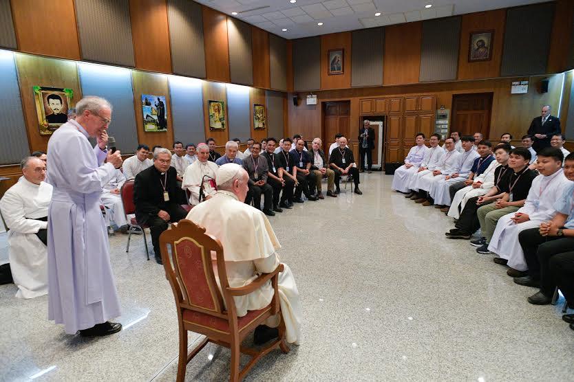 Rencontre avec les jésuites, Bangkok, Thaïlande © Vatican Media