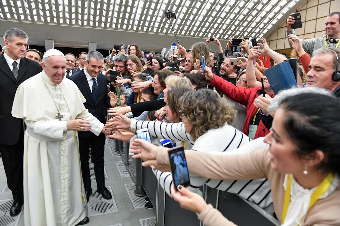Cellules paroissiales d'évangélisation © Vatican Media