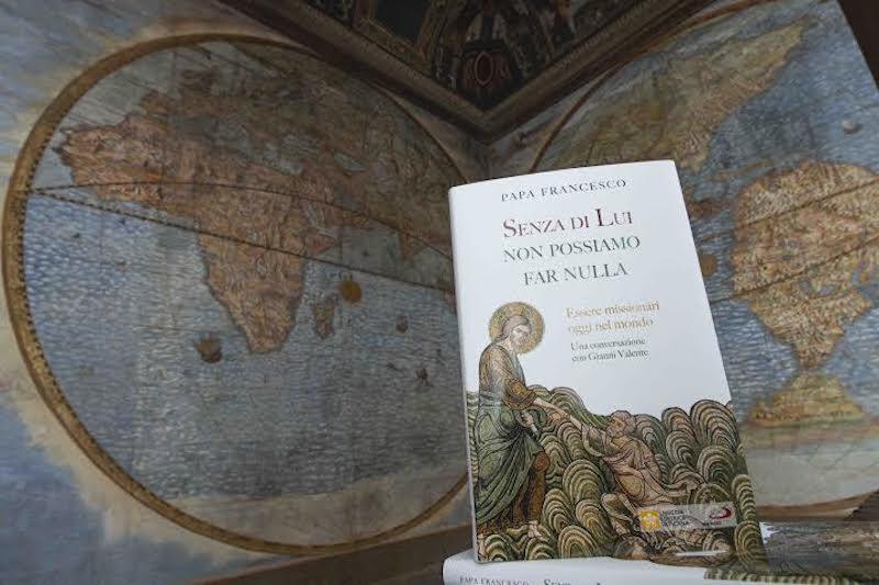 """""""Sans Lui, nous ne pouvons rien faire"""", livre entretien de G. Valente avec le Pape François"""