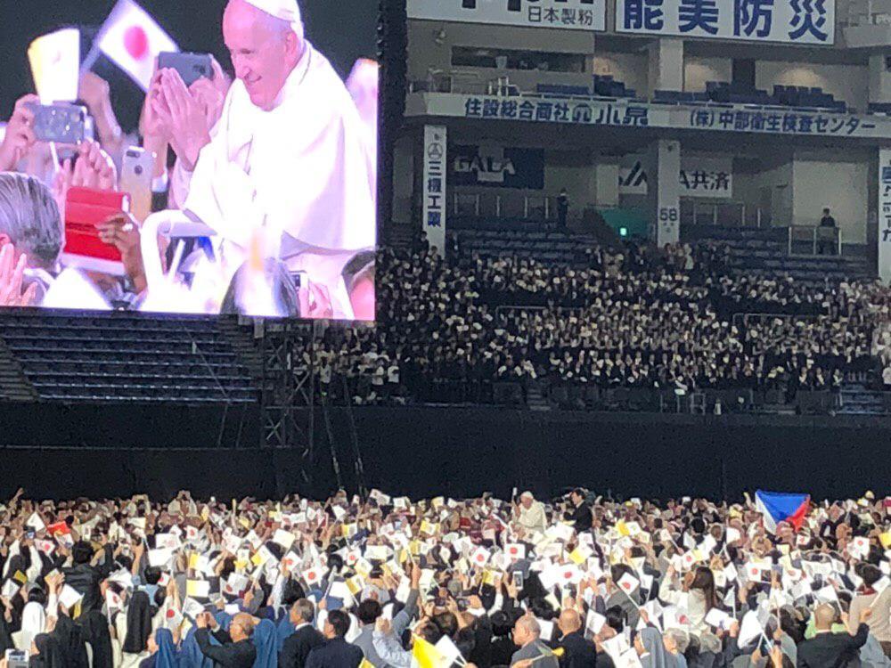 Messe au Tokyo Dome, Japon © Deborah Lubov / Zenit