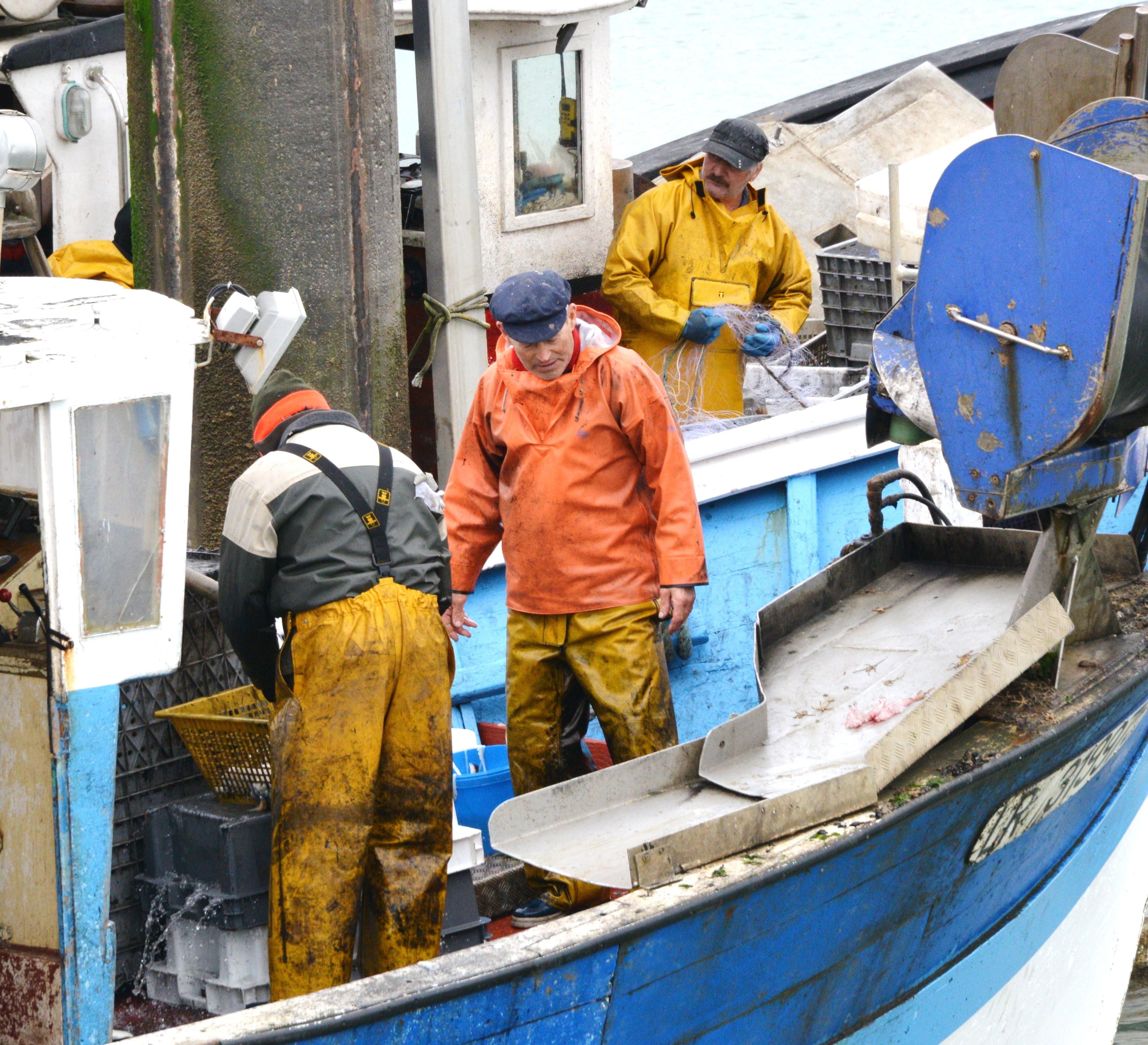 Pêcheurs à La Rochelle, France @ wikimedia commons / Jean-Pierre Bazard / Jpbazard