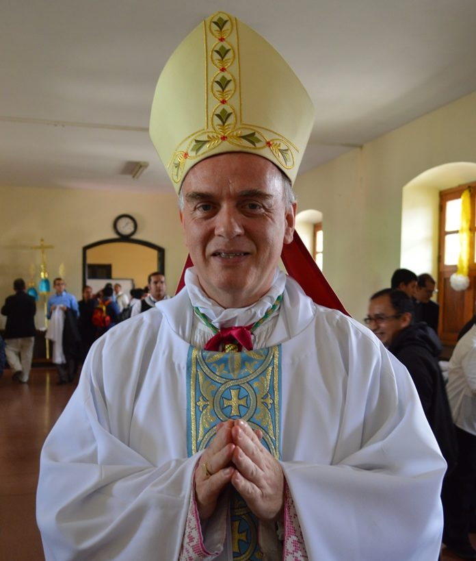 Mgr Nicolas Thévenin @ wikimedia commons / Lic.Aquino