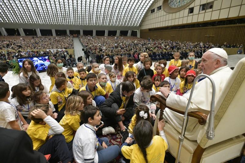 Audience aux patients et soignants de l'hôpital pédiatrique Bambino Gesù, 16 nov 2019 © Vatican Media