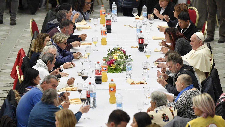 Déjeuner avec 1500 pauvres, 17 novembre 2019 © Vatican Media