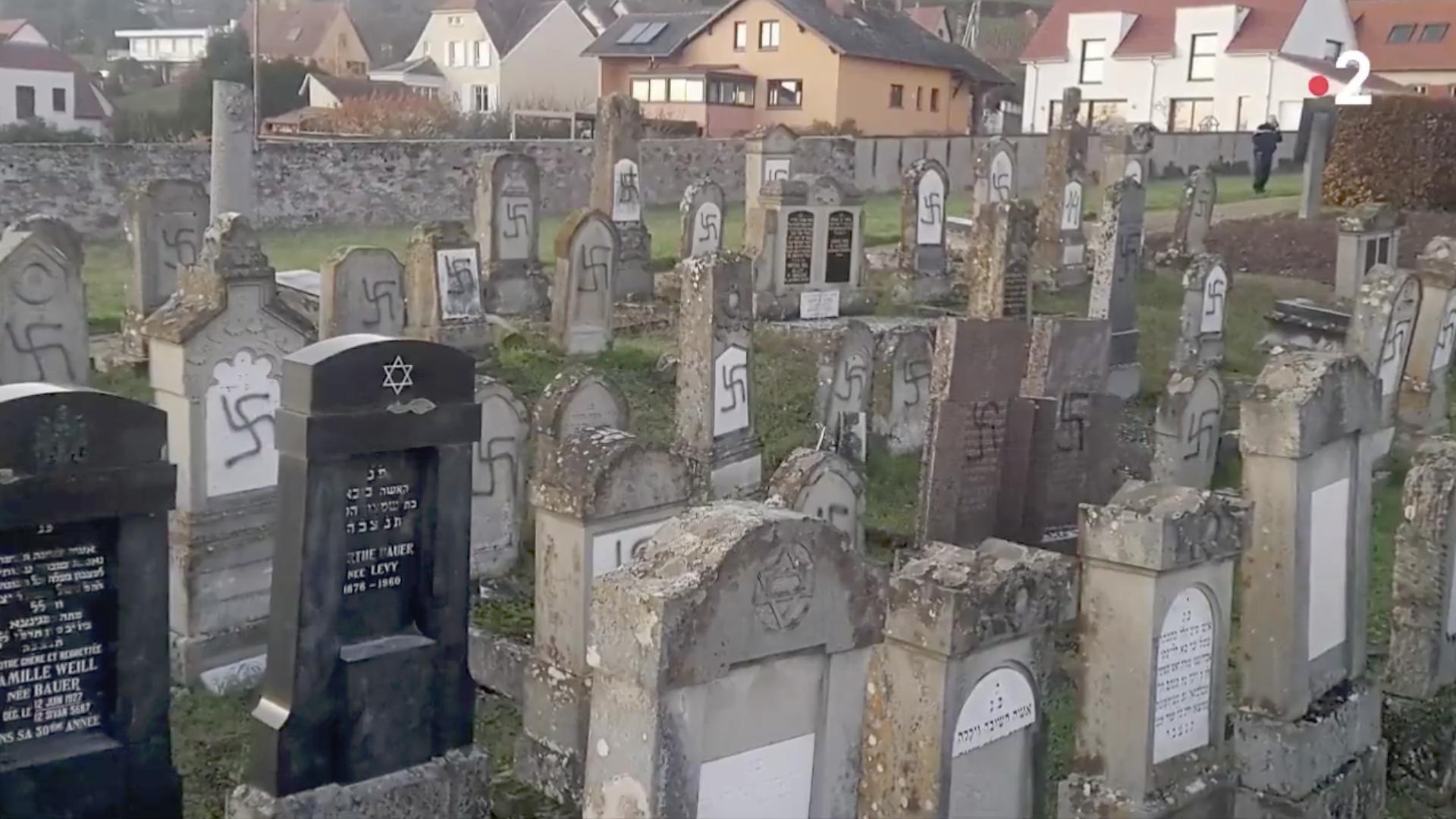 Le cimetière juif de Westhoffen profané (France) capture @ France 2, 20h
