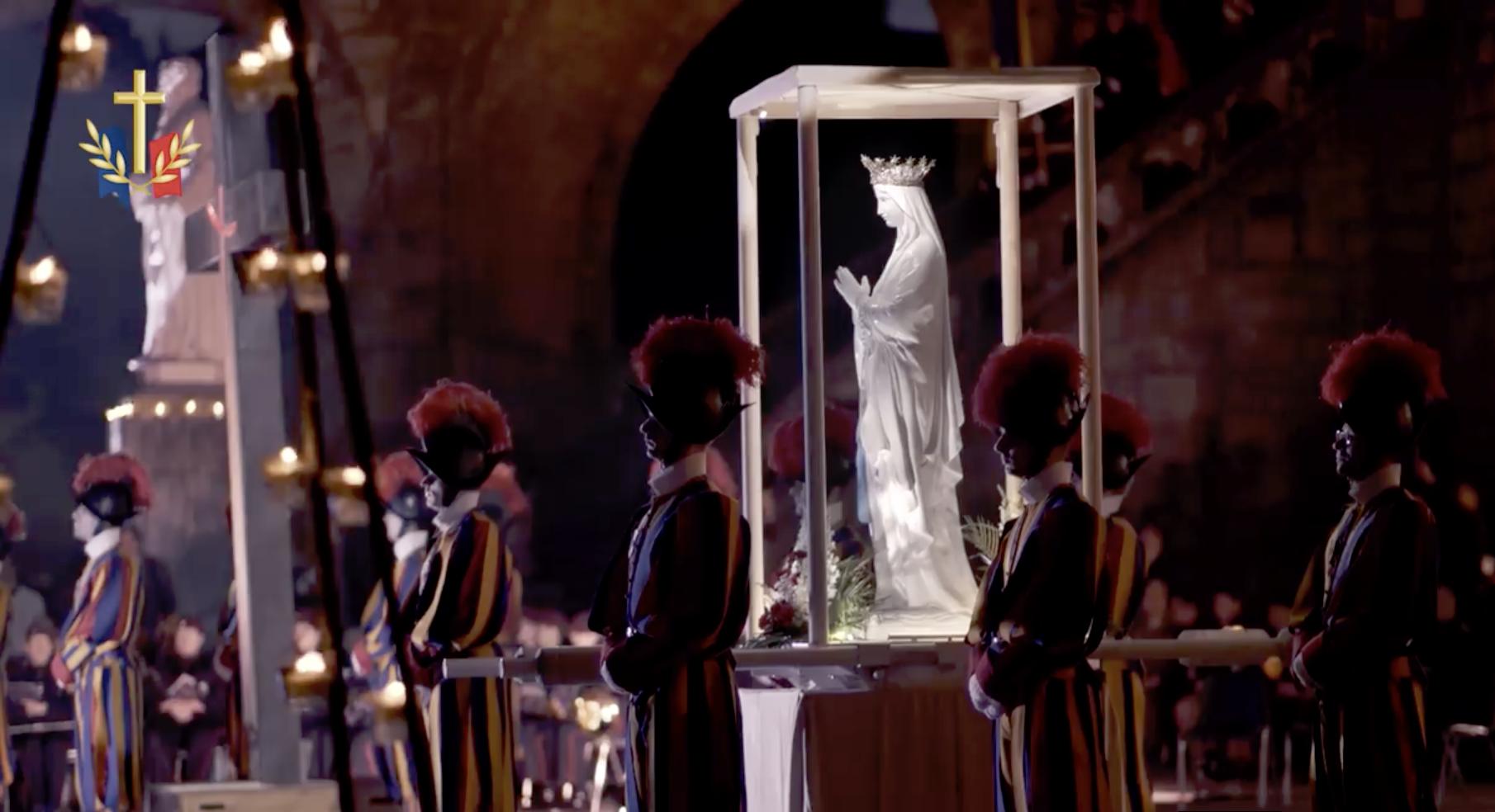 La Garde suisse pontificale à Lourdes @ diocèse français aux armées
